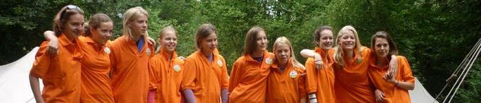 2010-07-25 rijtje oranje
